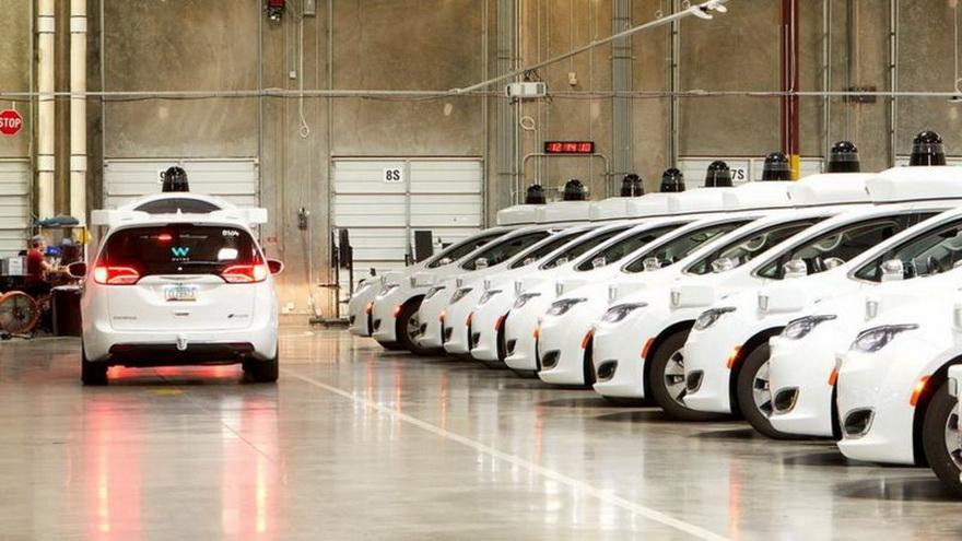 Waymo es una de las pocasempresas que ha tenido éxito en desarrollar un servicio de conducción autónoma