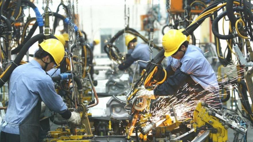 El economista argumenta que la economía china, impulsada por sus exportaciones, se ha beneficiado de los confinamientos en los países occidentales