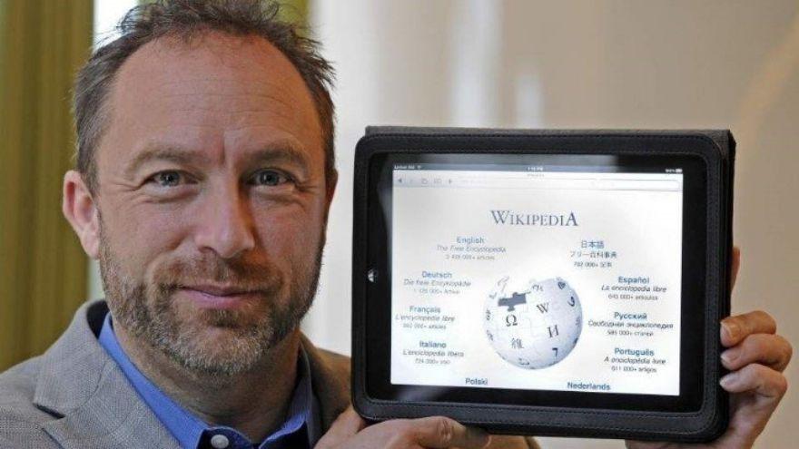 Desde su fundación, Wikipedia ha ganado en popularidad, se encuentra entre los 10 sitios web más populares del mundo.