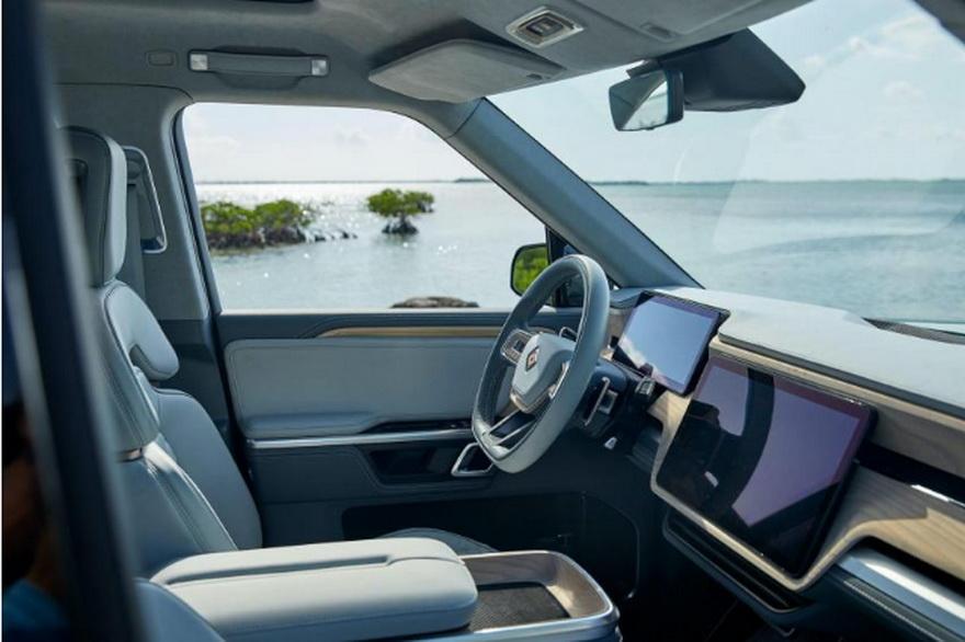 Rivian cuenta con Ford, Amazon, Cox Automotive y BlackRock entre sus inversores