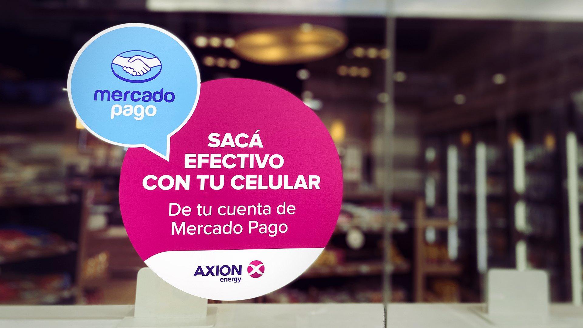 Mercado Pago permite extraer el saldo en cuenta en las estaciones Axion y sucursales de Mostaza