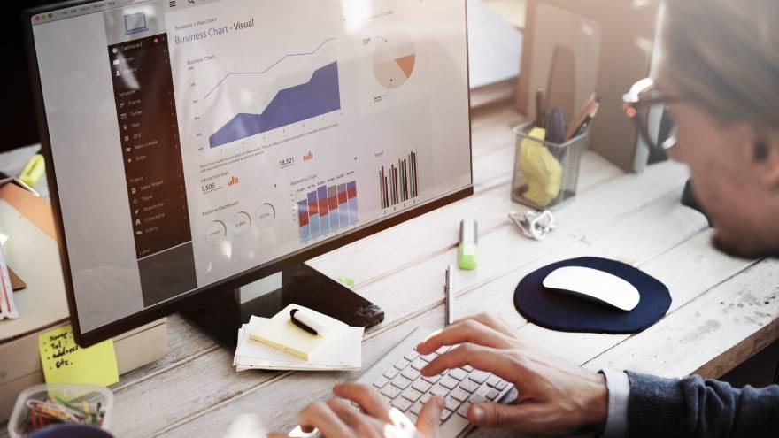 Los sitios de comparación de precios permiten conocer la evolución de los importes para ver si se está o no frente a una oportunidad de compra