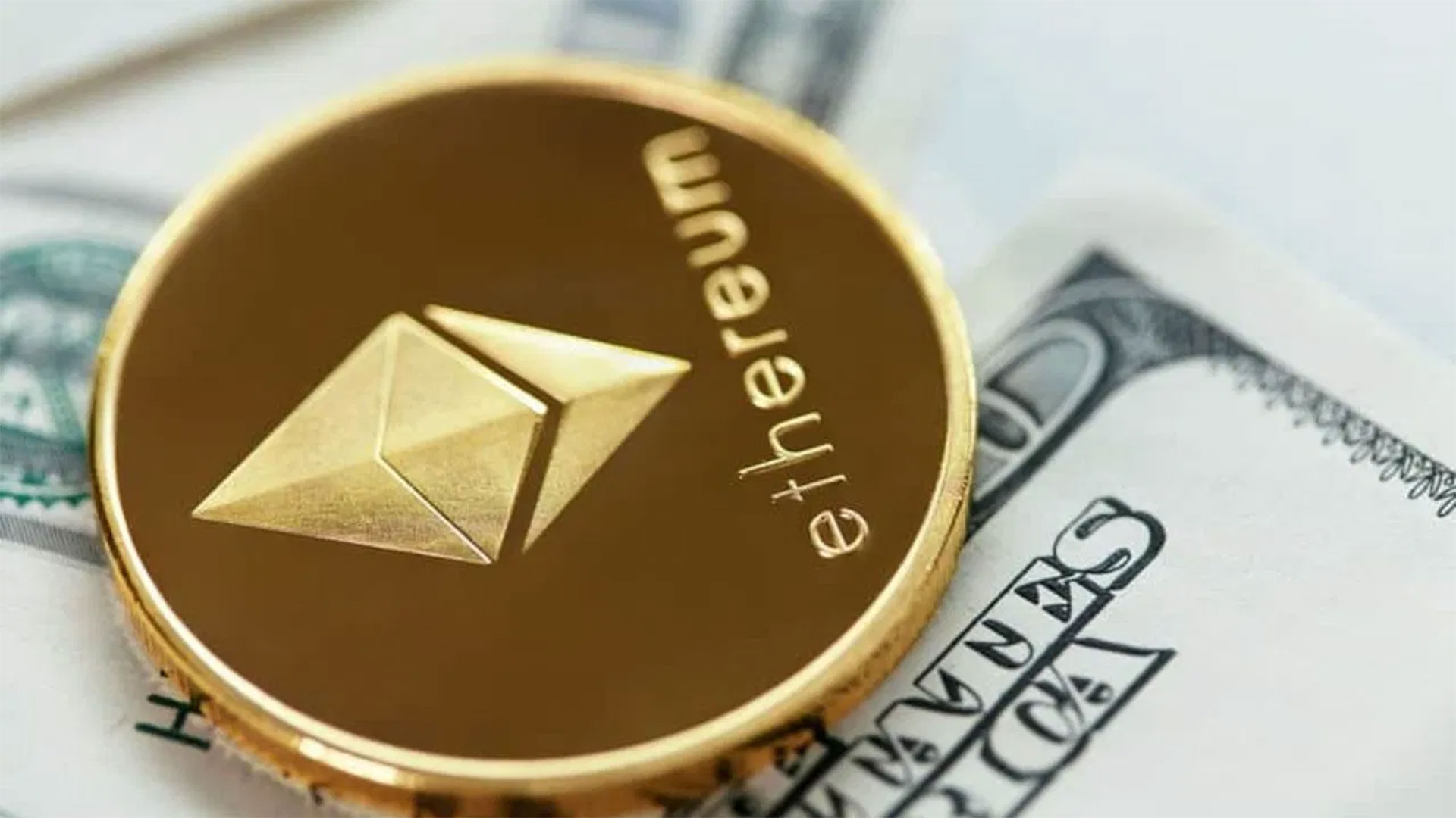 Slow and non-stop Ethereum continues to grow and maintain its second place among cryptocurrencies
