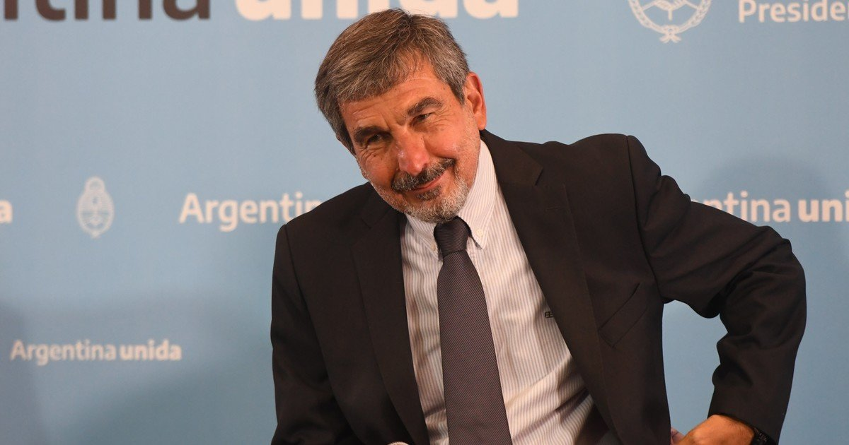 Salvarezza was appointed president of CONICET in 2012, a position he held until 2015